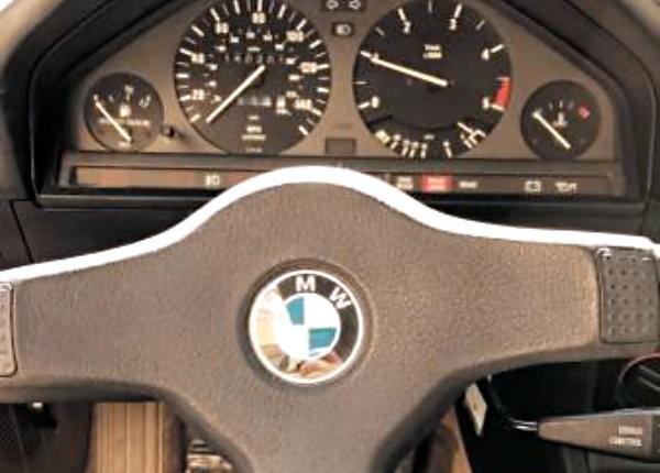 1986 BMW 325ES Dash