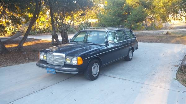 1981 Mercedes 230 Wagon: Row Yourself