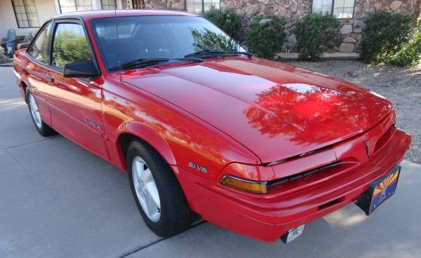 1993 Pontiac Sunbird: First Car Material