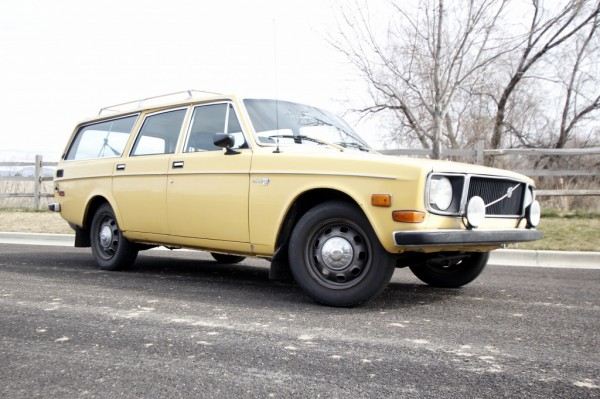 1972 Volvo 145E: Form Follows Function
