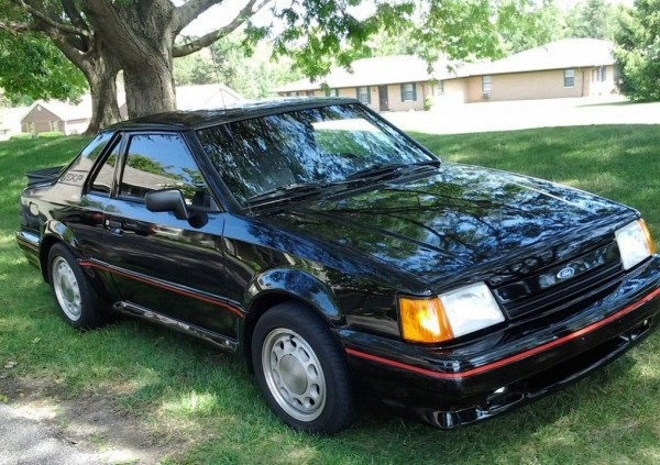 1988 Ford Escort EXP: Child of the 80s